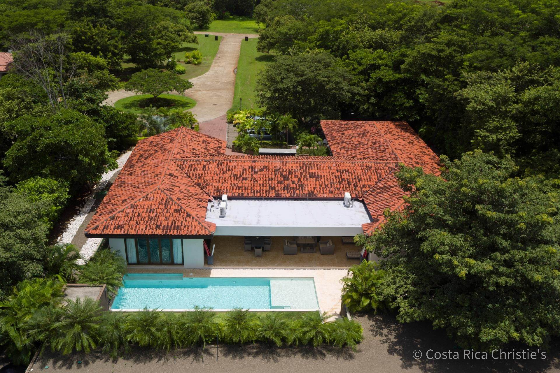 19. Single Family Home for Sale at Casa King Tamarindo, Guanacaste,50303 Costa Rica