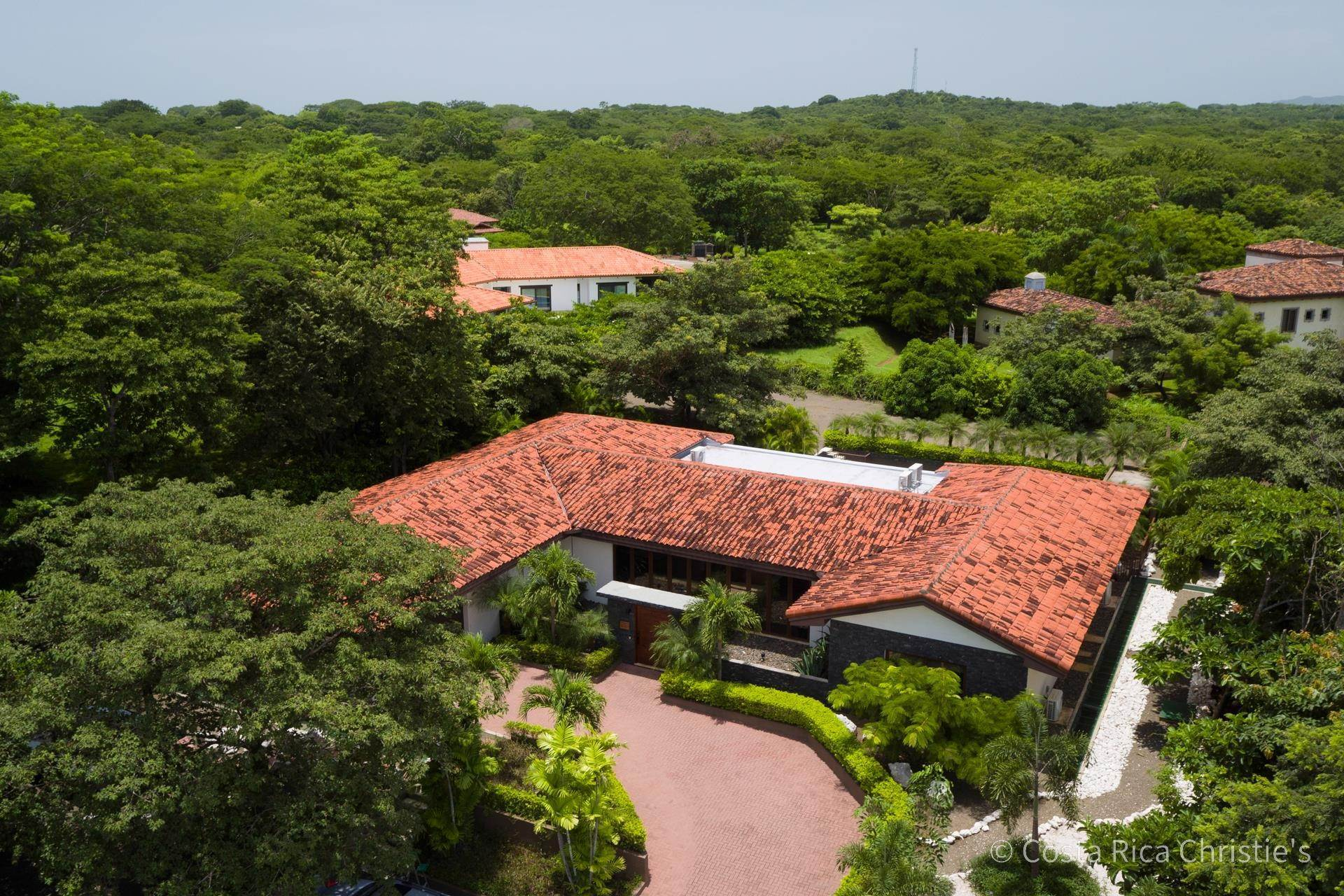 20. Single Family Home for Sale at Casa King Tamarindo, Guanacaste,50303 Costa Rica
