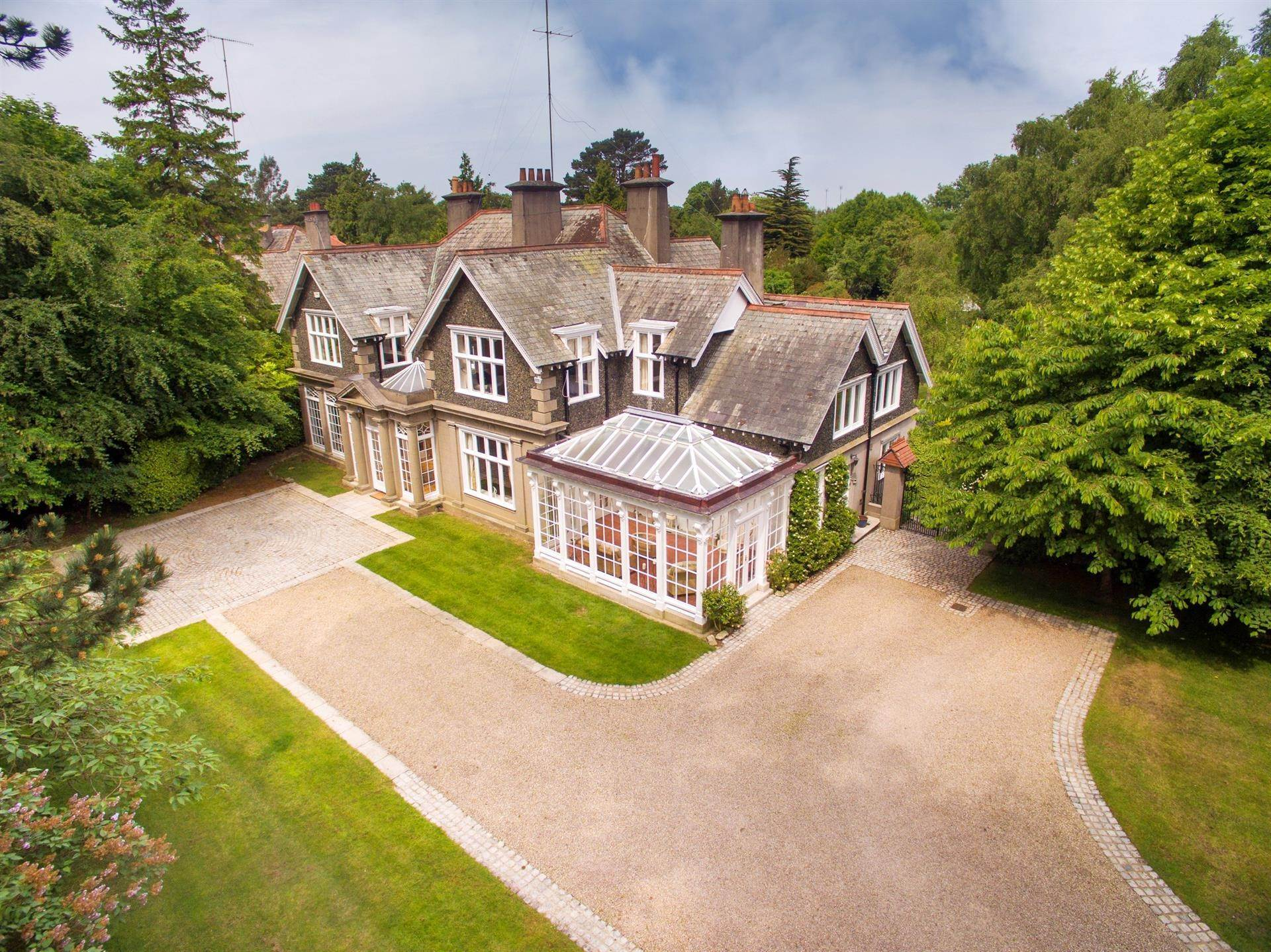 22. Single Family Home for Sale at Foxrock, Ireland