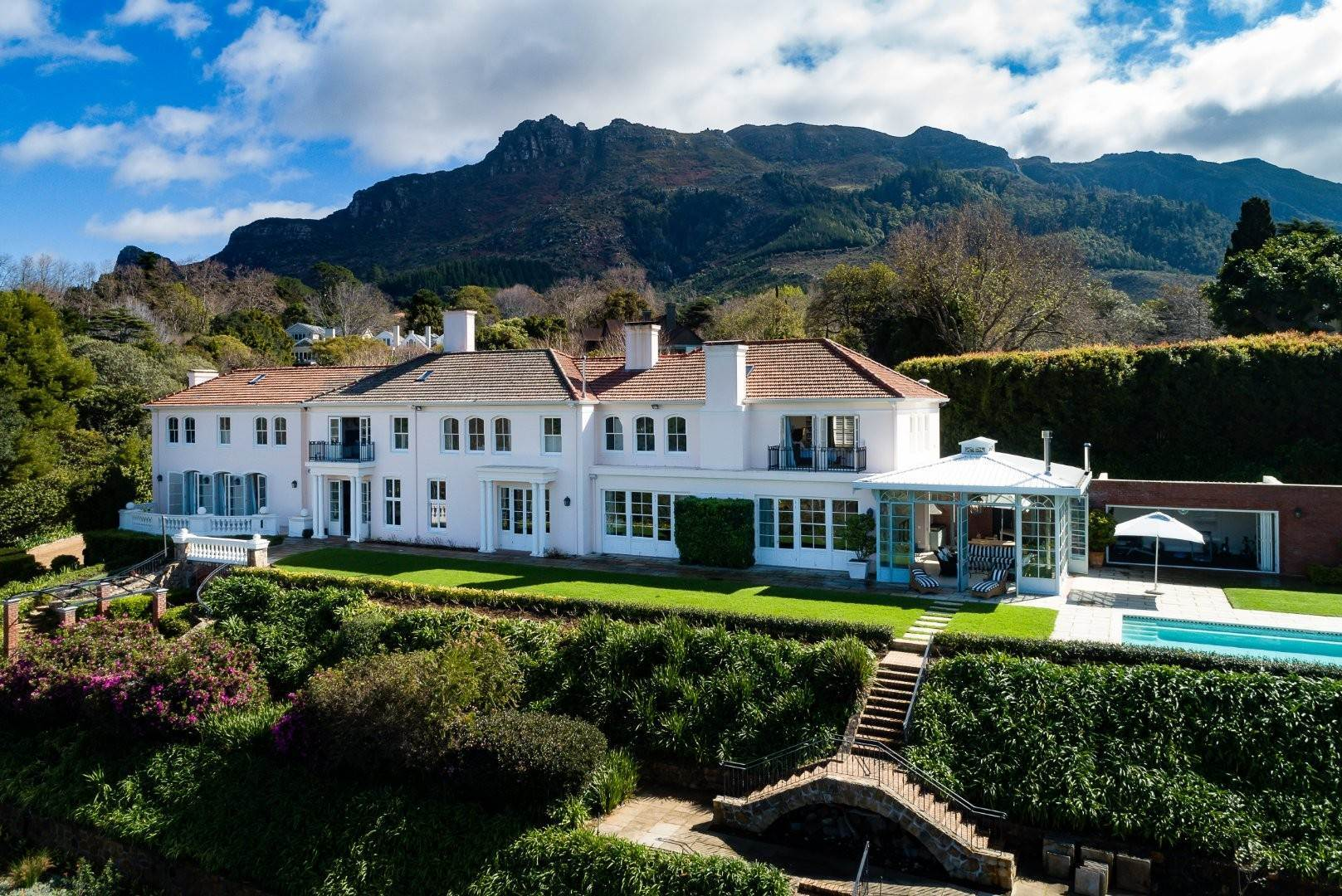 Estate for Sale at A MAJESTIC RESIDENCE WITH UNDENIABLE GLOBAL APPEAL Constantia, South Africa