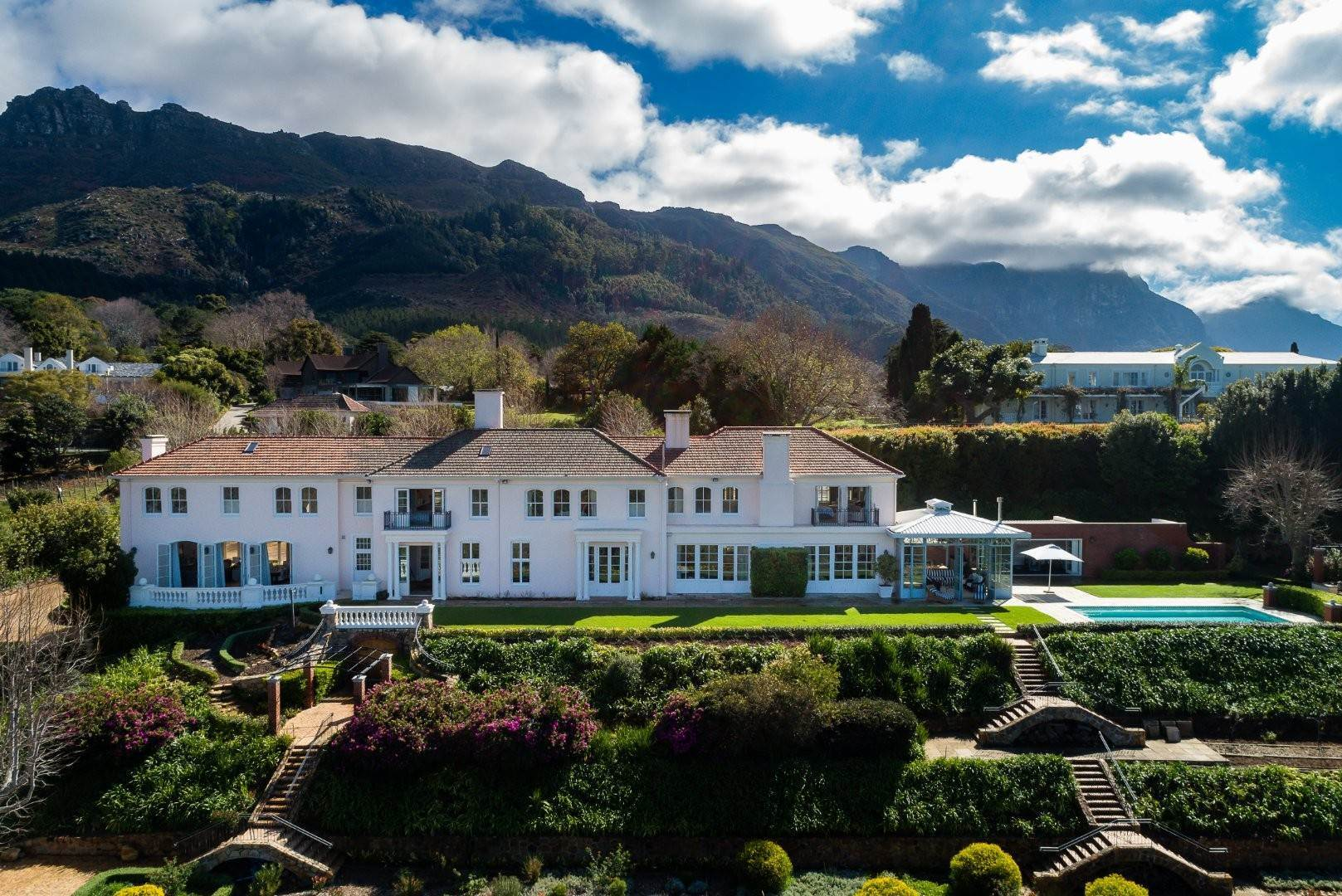 3. Estate for Sale at A MAJESTIC RESIDENCE WITH UNDENIABLE GLOBAL APPEAL Constantia, South Africa