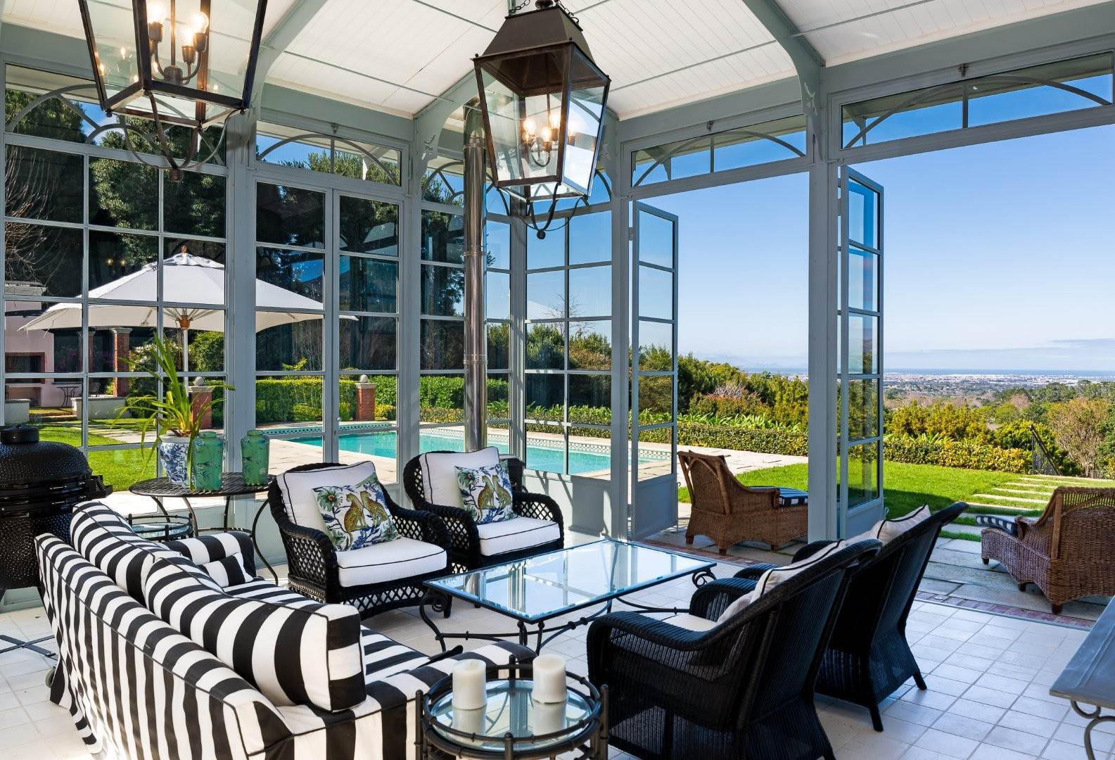 33. Estate for Sale at A MAJESTIC RESIDENCE WITH UNDENIABLE GLOBAL APPEAL Constantia, South Africa