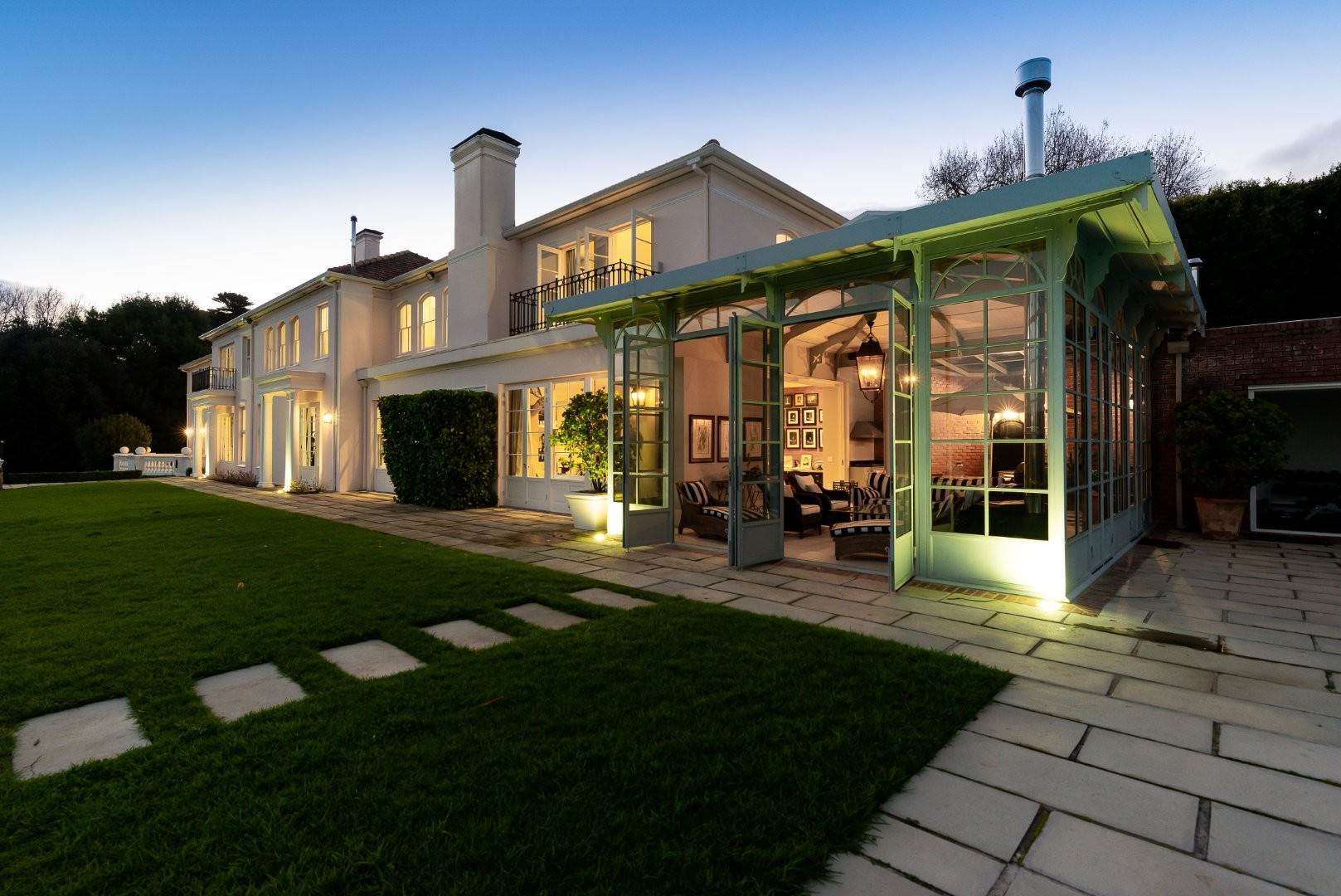 5. Estate for Sale at A MAJESTIC RESIDENCE WITH UNDENIABLE GLOBAL APPEAL Constantia, South Africa