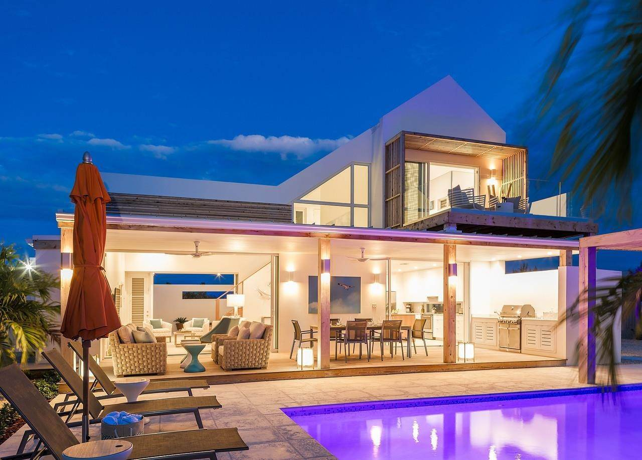 Single Family Home for Sale at Turnstone House Leeward, Providenciales,TKCA1ZZ Turks And Caicos Islands