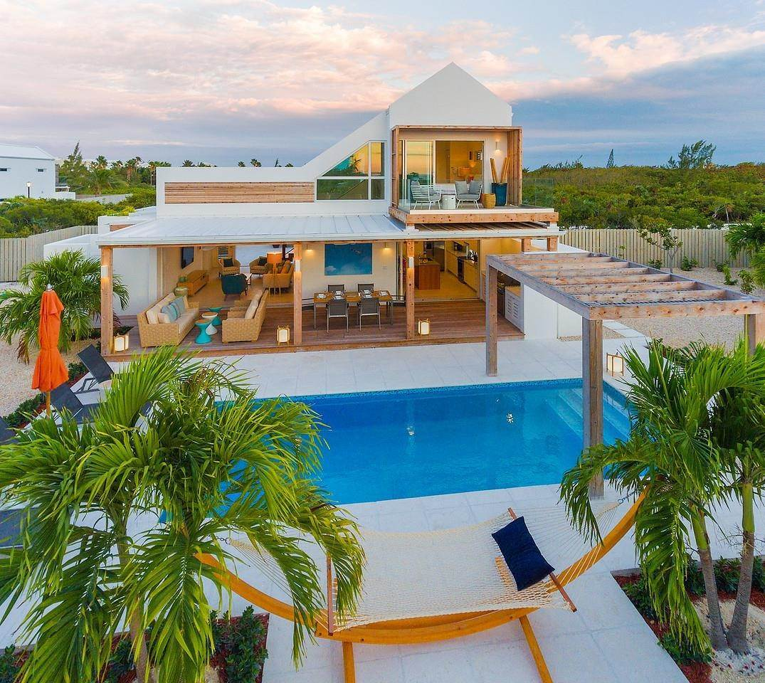 2. Single Family Home for Sale at Turnstone House Leeward, Providenciales,TKCA1ZZ Turks And Caicos Islands