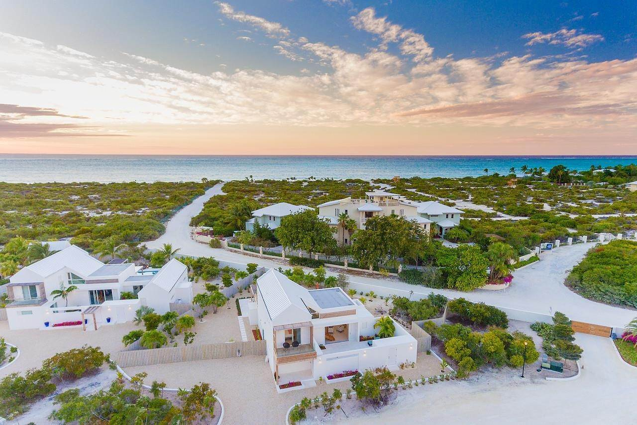 3. Single Family Home for Sale at Turnstone House Leeward, Providenciales,TKCA1ZZ Turks And Caicos Islands