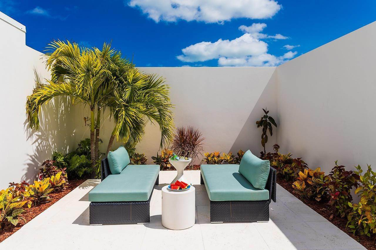 7. Single Family Home for Sale at Turnstone House Leeward, Providenciales,TKCA1ZZ Turks And Caicos Islands