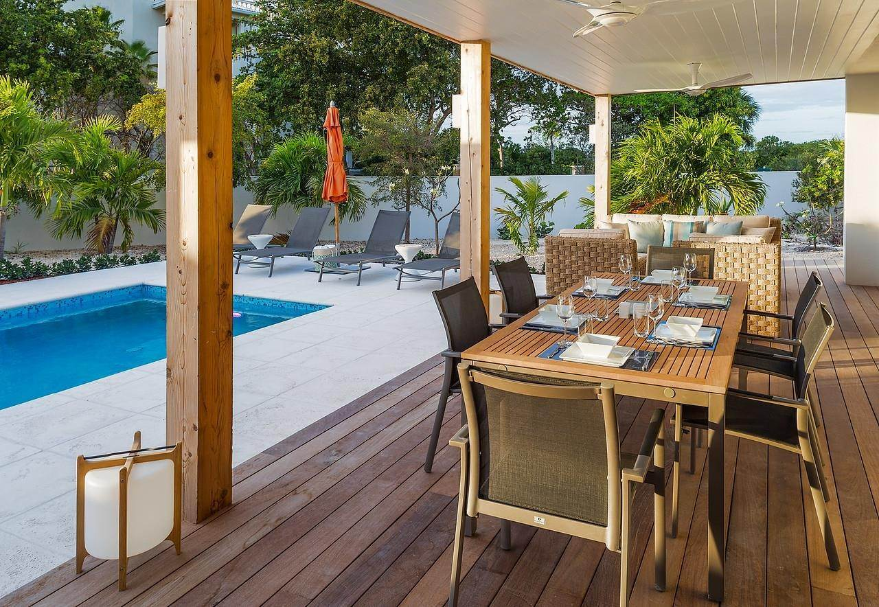 15. Single Family Home for Sale at Turnstone House Leeward, Providenciales,TKCA1ZZ Turks And Caicos Islands