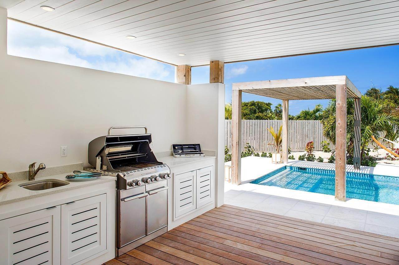16. Single Family Home for Sale at Turnstone House Leeward, Providenciales,TKCA1ZZ Turks And Caicos Islands