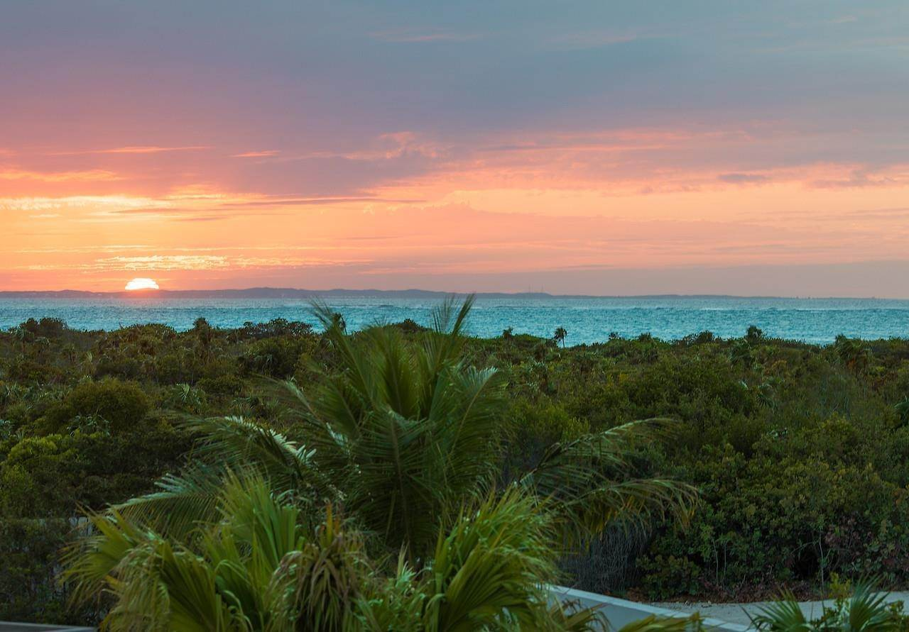 20. Single Family Home for Sale at Turnstone House Leeward, Providenciales,TKCA1ZZ Turks And Caicos Islands
