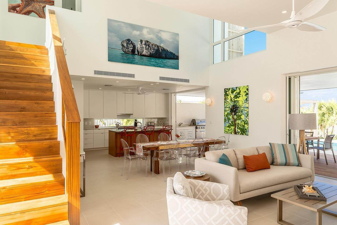 25. Single Family Home for Sale at Turnstone House Leeward, Providenciales,TKCA1ZZ Turks And Caicos Islands