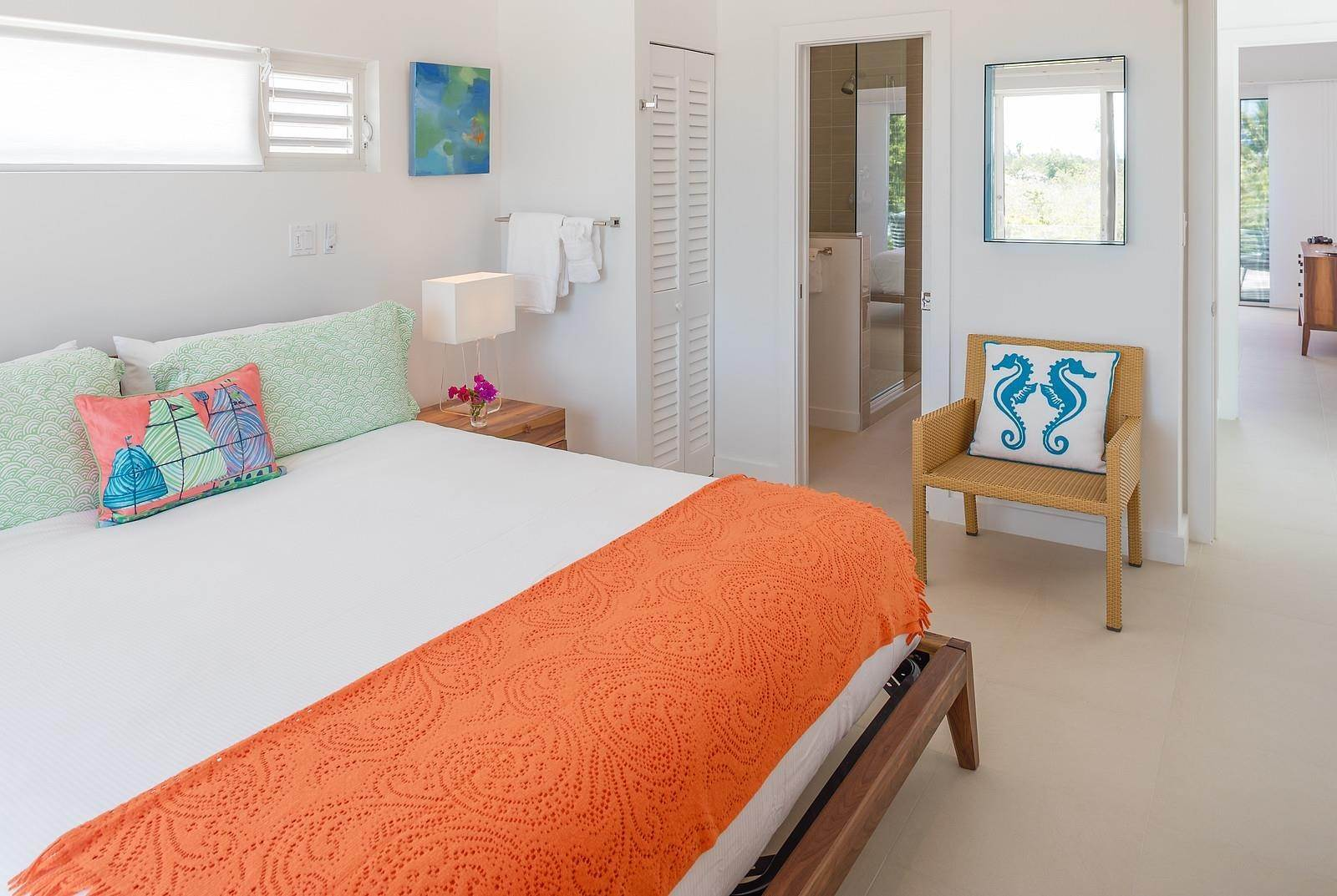 26. Single Family Home for Sale at Turnstone House Leeward, Providenciales,TKCA1ZZ Turks And Caicos Islands