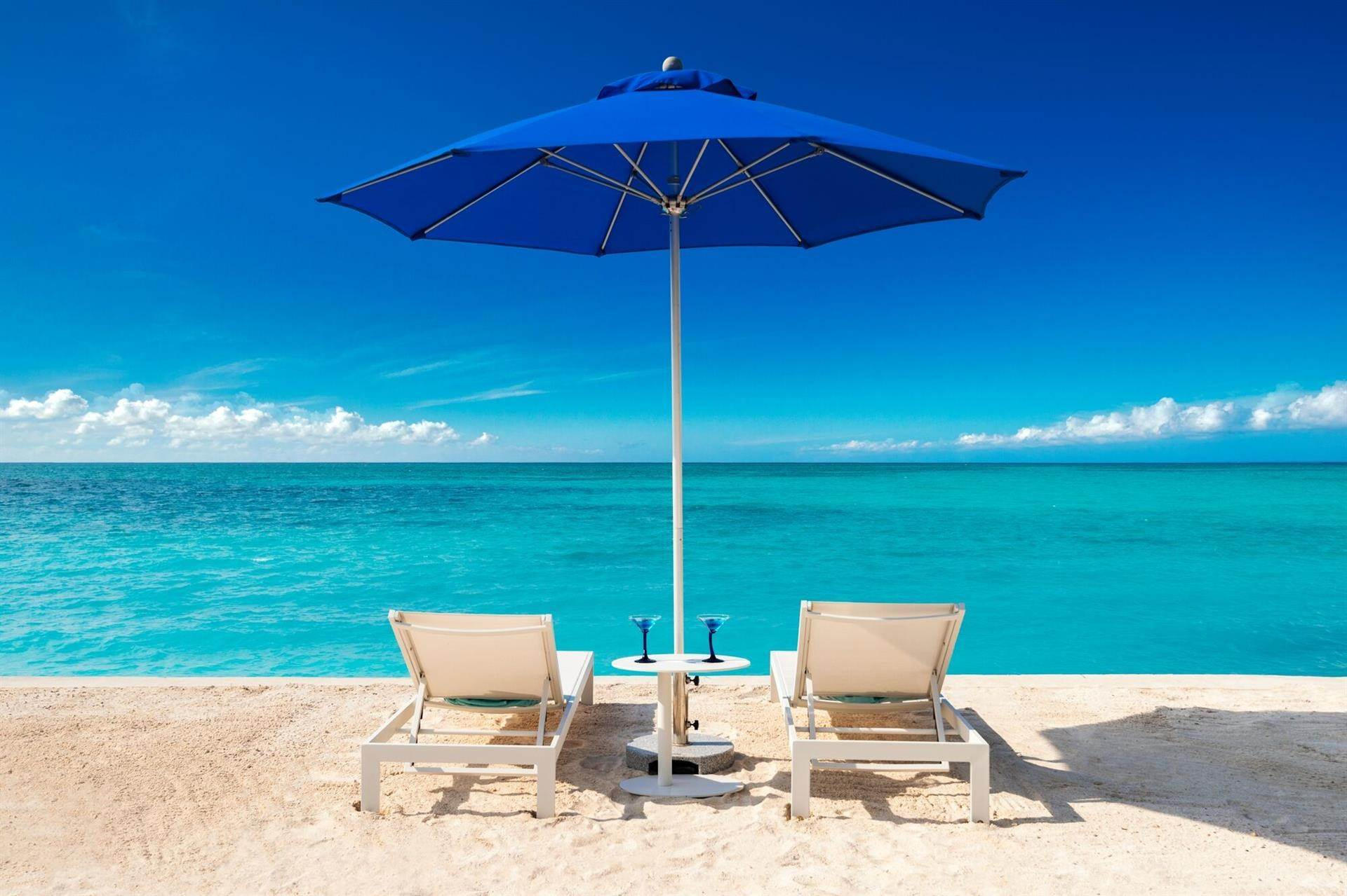6. Estate for Sale at Beachfront, Leeward Footprints Villa Leeward, Providenciales,BWI Turks And Caicos Islands