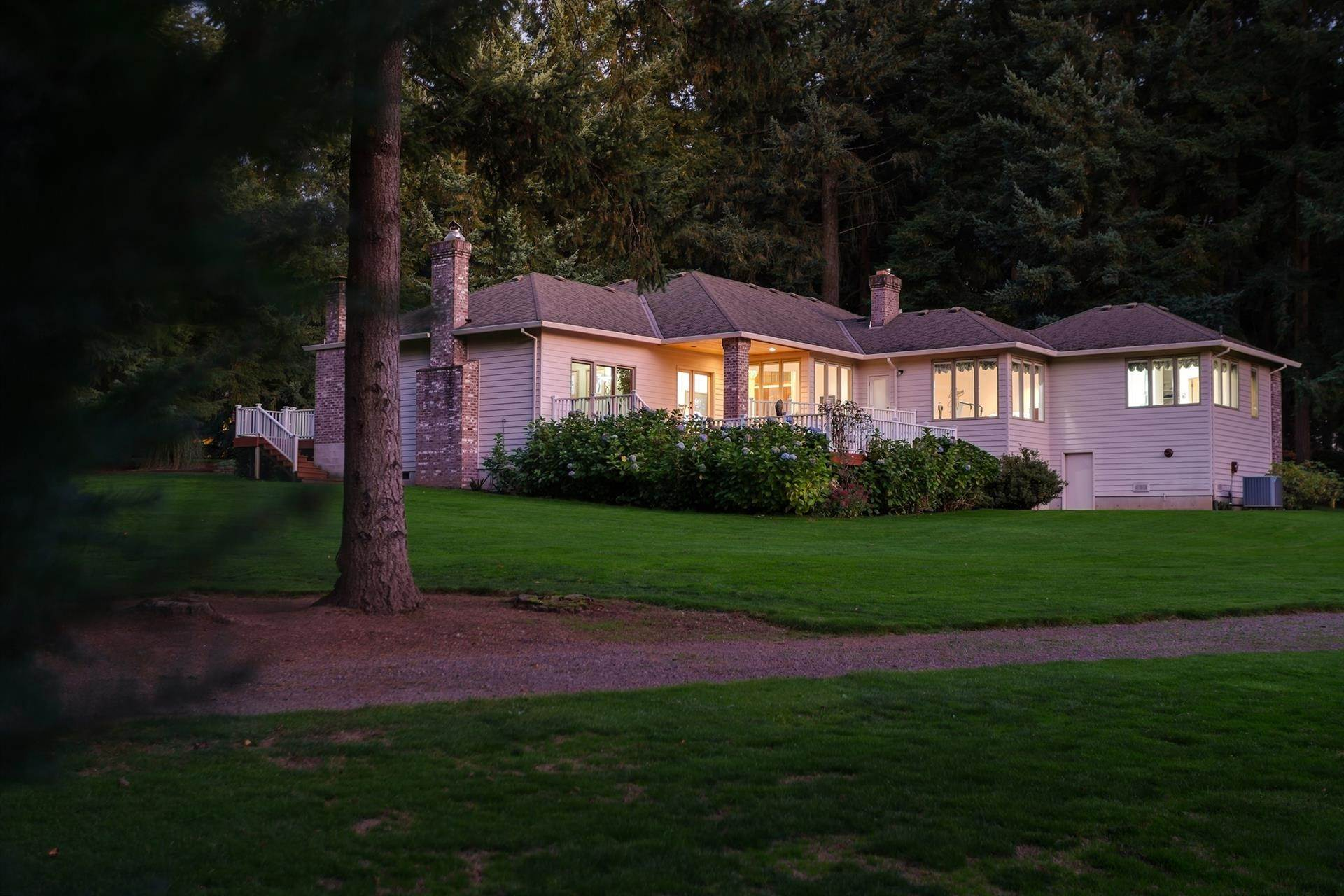 Single Family Home for Sale at 5525 SW Delker Road 5525 SW DELKER RD Tualatin, Oregon,97062 United States