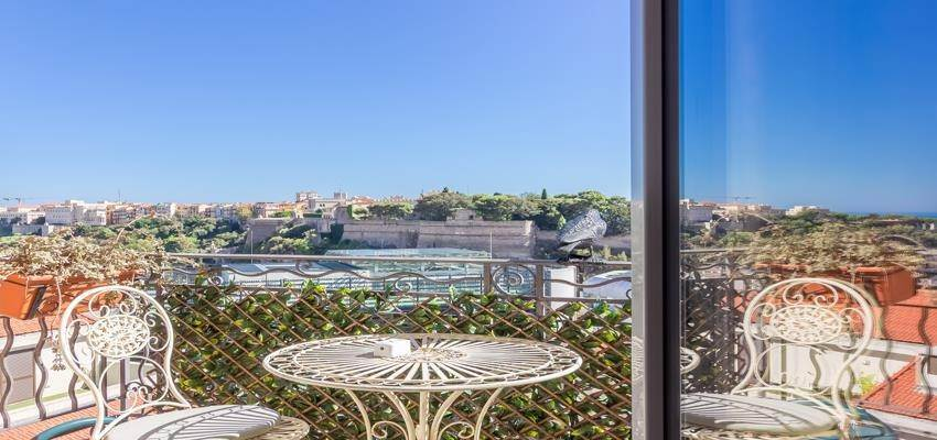Residence/Apartment for Sale at Large 6 roomed apartment in the Condamine area 98000 Monaco