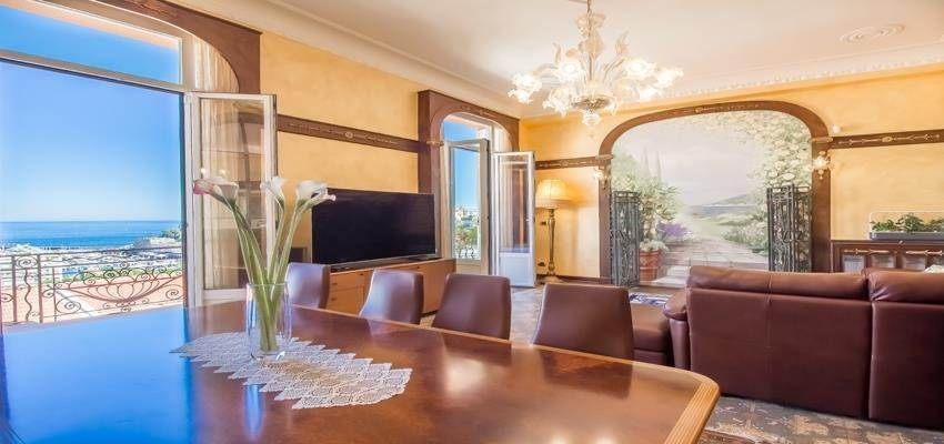 3. Residence/Apartment for Sale at Large 6 roomed apartment in the Condamine area 98000 Monaco