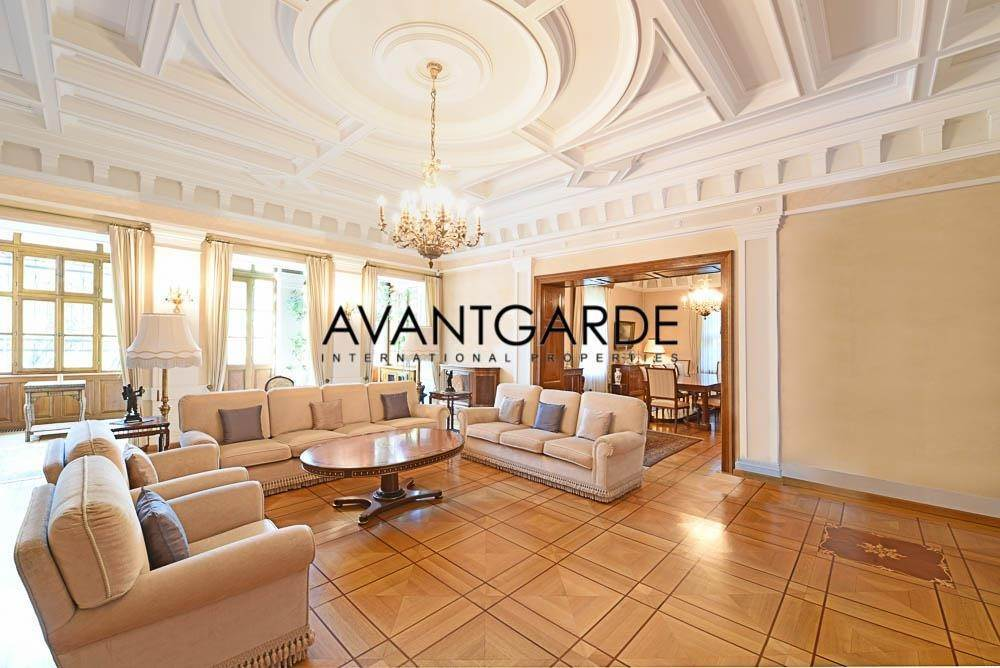 Villa/Townhouse for Sale at The Residence Dobling, Vienna,1190 Austria