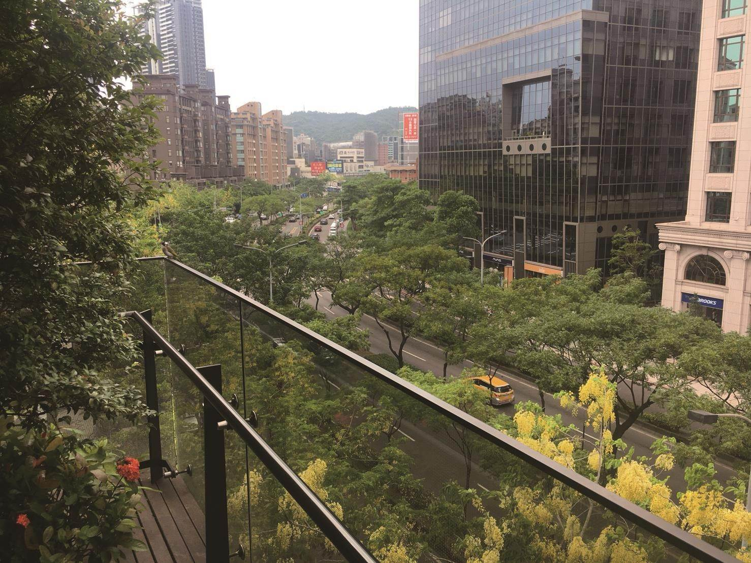 7. Residence/Apartment for Sale at Dazhi Deluxe Taipei City, Taiwan