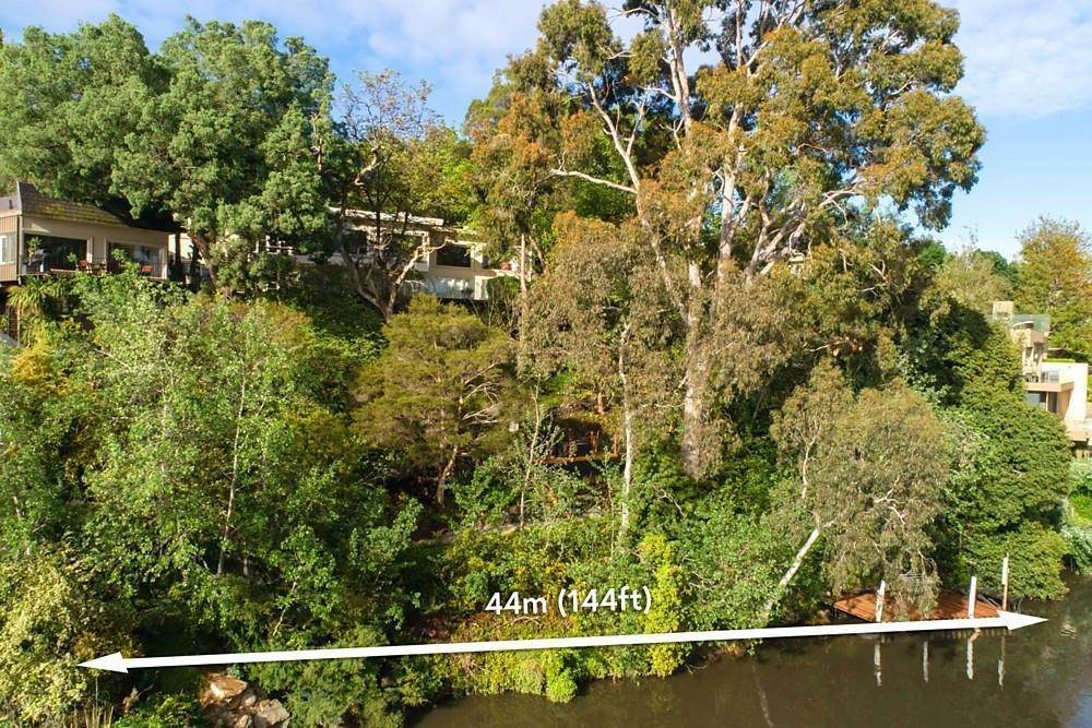 22. Single Family Home 为 销售 在 Private Toorak Sanctuary, Spectacular Yarra River Views 818 Orrong Road, Toorak 维多利亚,3142 澳大利亚