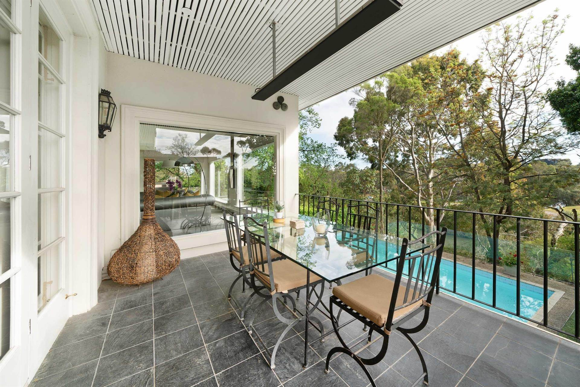 15. Single Family Home 为 销售 在 Private Toorak Sanctuary, Spectacular Yarra River Views 818 Orrong Road, Toorak 维多利亚,3142 澳大利亚