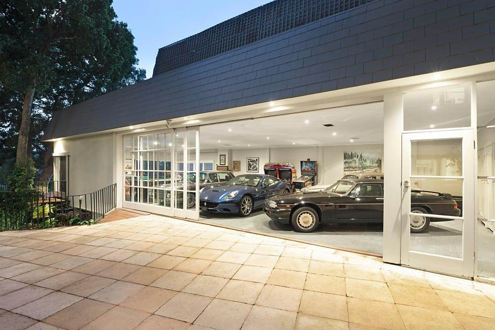 18. Single Family Home 为 销售 在 Private Toorak Sanctuary, Spectacular Yarra River Views 818 Orrong Road, Toorak 维多利亚,3142 澳大利亚