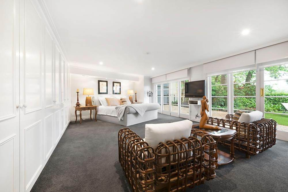 14. Single Family Home 为 销售 在 Private Toorak Sanctuary, Spectacular Yarra River Views 818 Orrong Road, Toorak 维多利亚,3142 澳大利亚