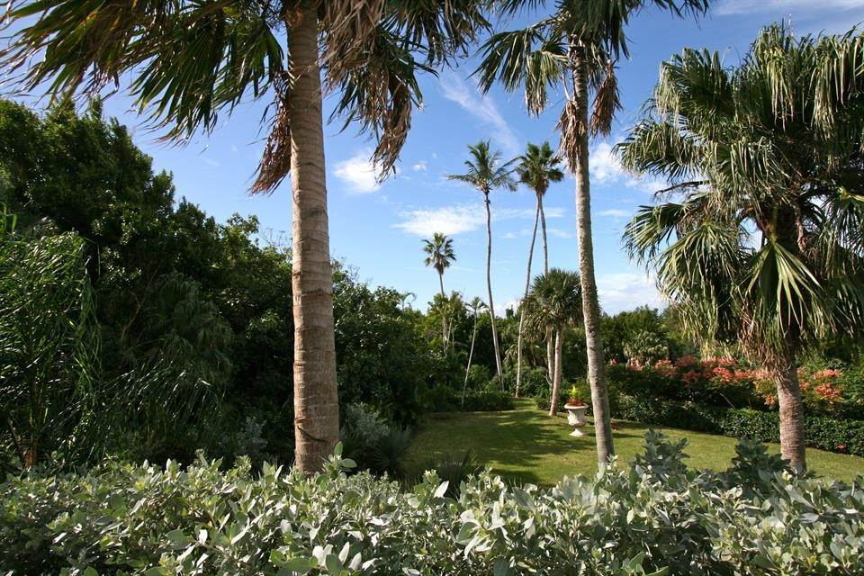 9. Single Family Home for Sale at Ship's Hill Estate Home At Rosewood Tucker's Point 27 Ship's Hill St Georges Parish, Bermuda,HS02 Bermuda