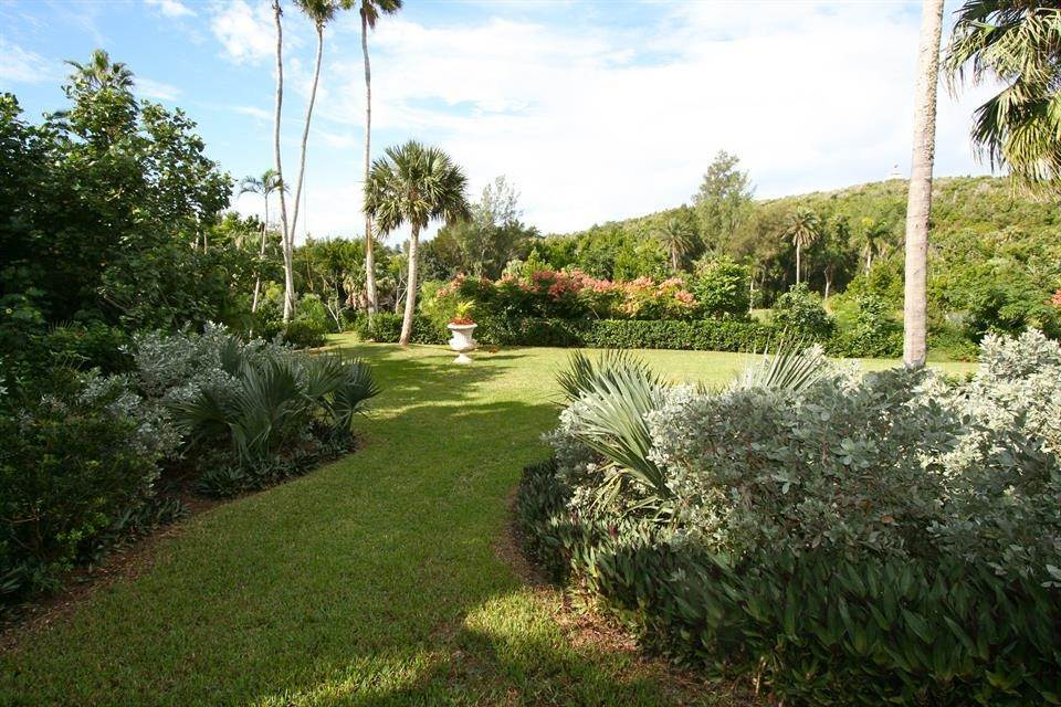 10. Single Family Home for Sale at Ship's Hill Estate Home At Rosewood Tucker's Point 27 Ship's Hill St Georges Parish, Bermuda,HS02 Bermuda