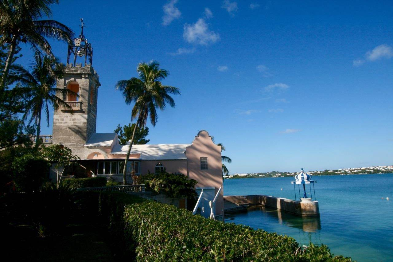 2. Condominium por un Venta en The Boat House On Harrington Sound 7 Harrington Sound Road Smith's Parish, Bermuda,FL07 Bermuda