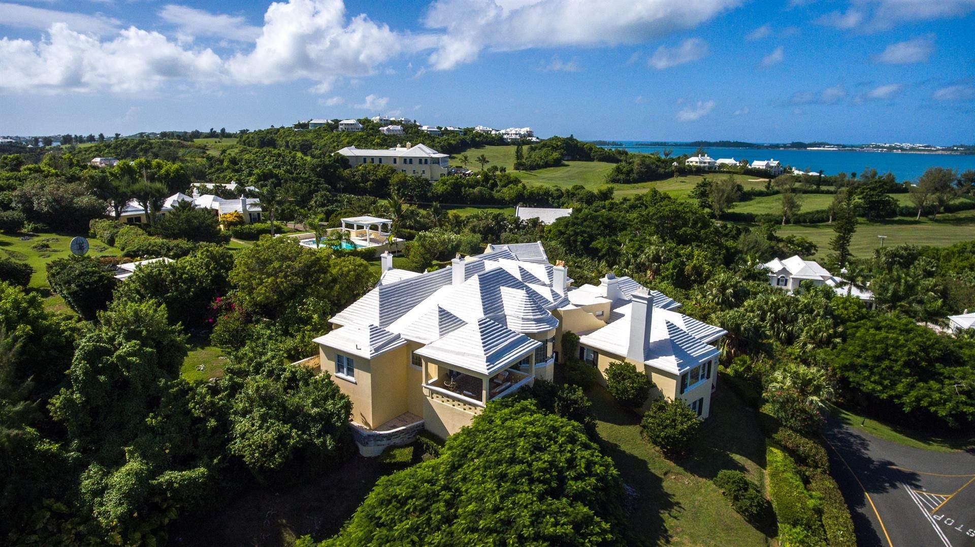 3. Tenuta per Vendita alle ore Atlanta By The Sea In Tucker's Town St Georges Parish, Bermuda,HS02 Bermuda
