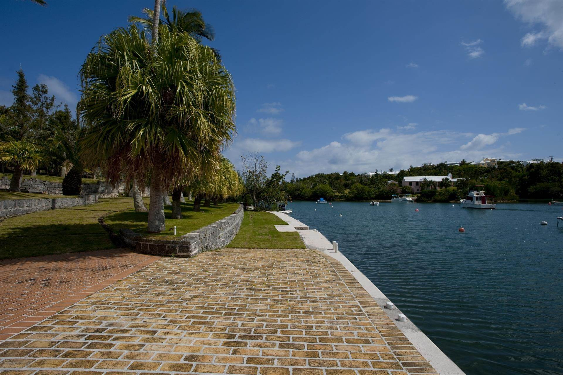 5. Waterfront Property voor Verkoop op Palomera In Fairylands 7 Mills Shares Road Pembroke Parish, Bermuda,HM05 Bermuda