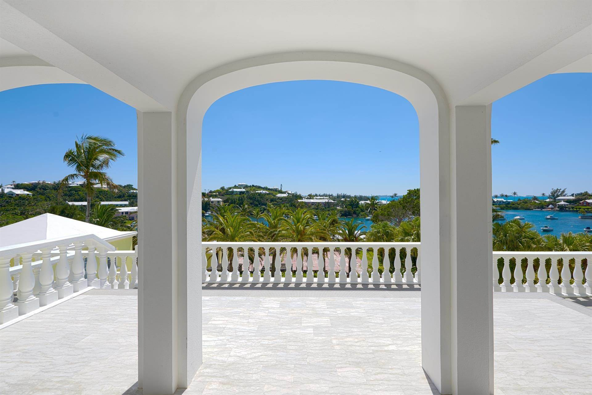 8. Waterfront Property voor Verkoop op Palomera In Fairylands 7 Mills Shares Road Pembroke Parish, Bermuda,HM05 Bermuda