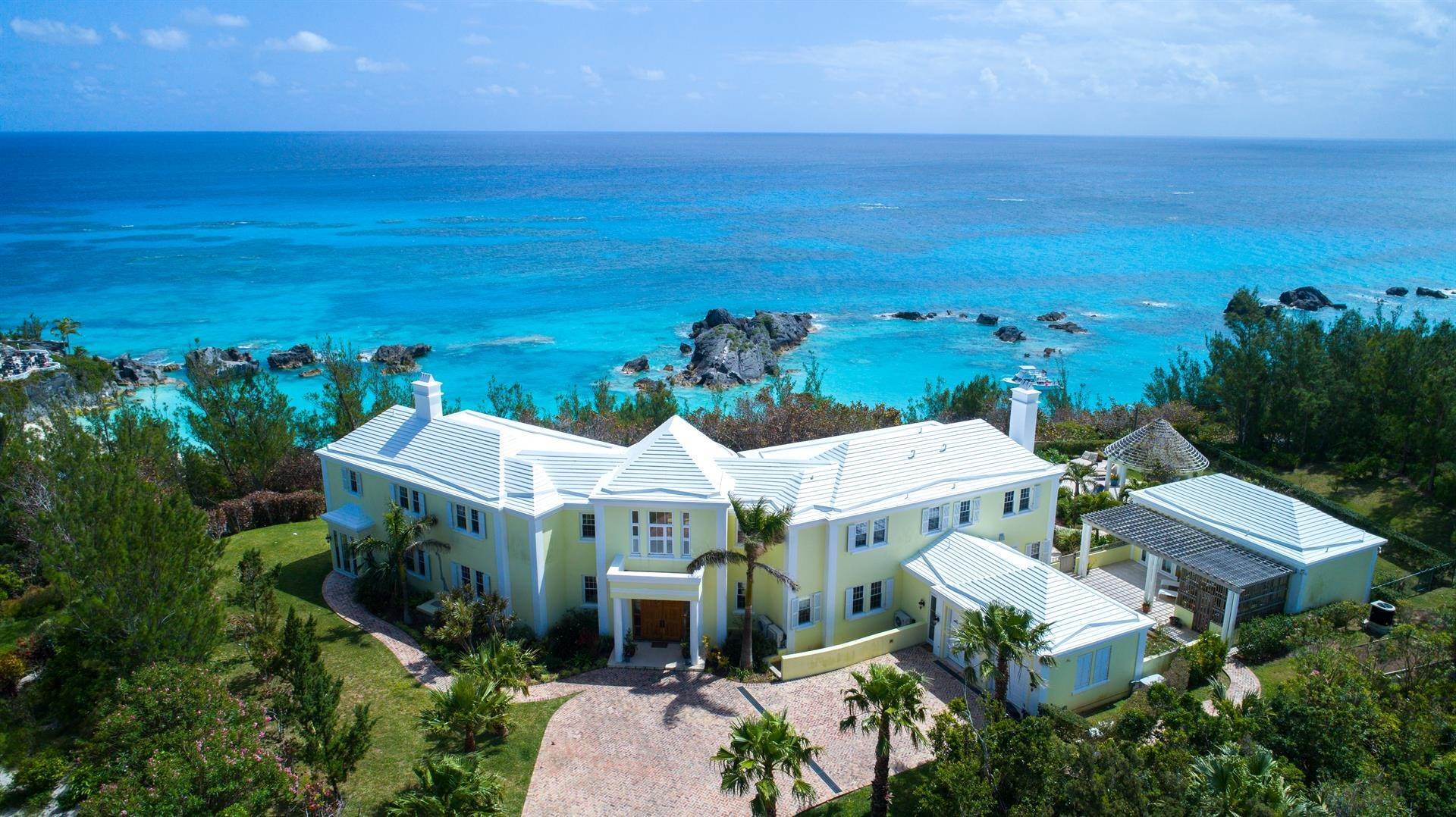 Single Family Home por un Venta en Duamber At The Fairmont Southampton 119 Harbour View Drive Southampton Parish, Bermuda,SN02 Bermuda