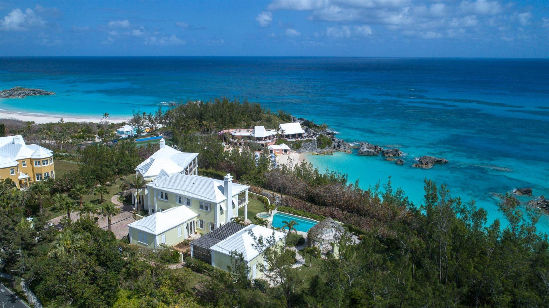 3. Single Family Home para Venda às Duamber At The Fairmont Southampton 119 Harbour View Drive Southampton Parish, Bermuda,SN02 Bermuda