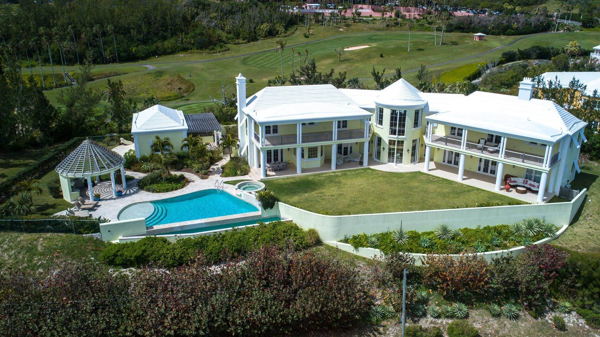 12. Single Family Home para Venda às Duamber At The Fairmont Southampton 119 Harbour View Drive Southampton Parish, Bermuda,SN02 Bermuda