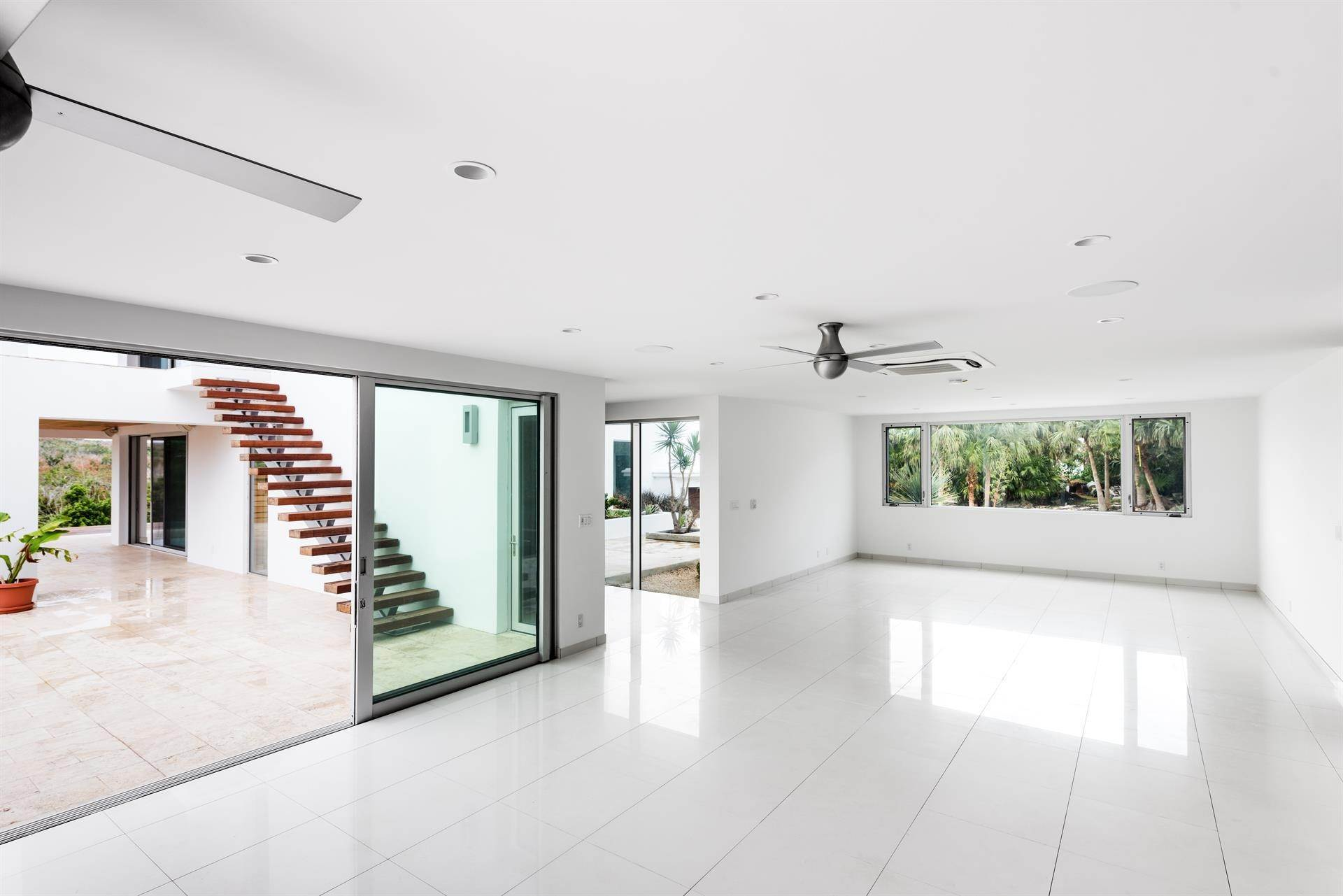 13. Single Family Home のために 売買 アット Georgetown - Bermuda's Modern House 50A Harrington Sound Road Hamilton Parish, Bermuda,CR04 バミューダ