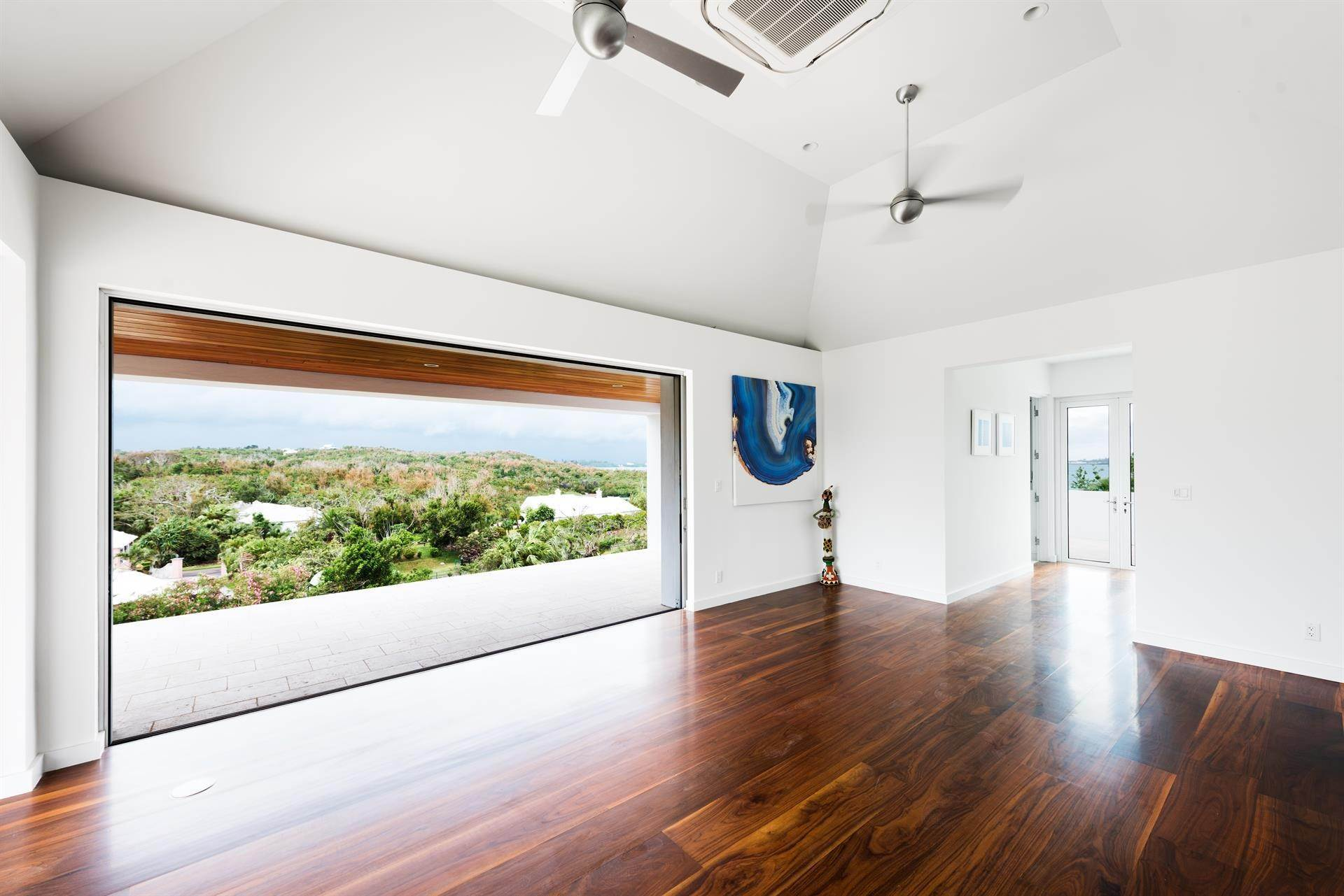 20. Single Family Home のために 売買 アット Georgetown - Bermuda's Modern House 50A Harrington Sound Road Hamilton Parish, Bermuda,CR04 バミューダ