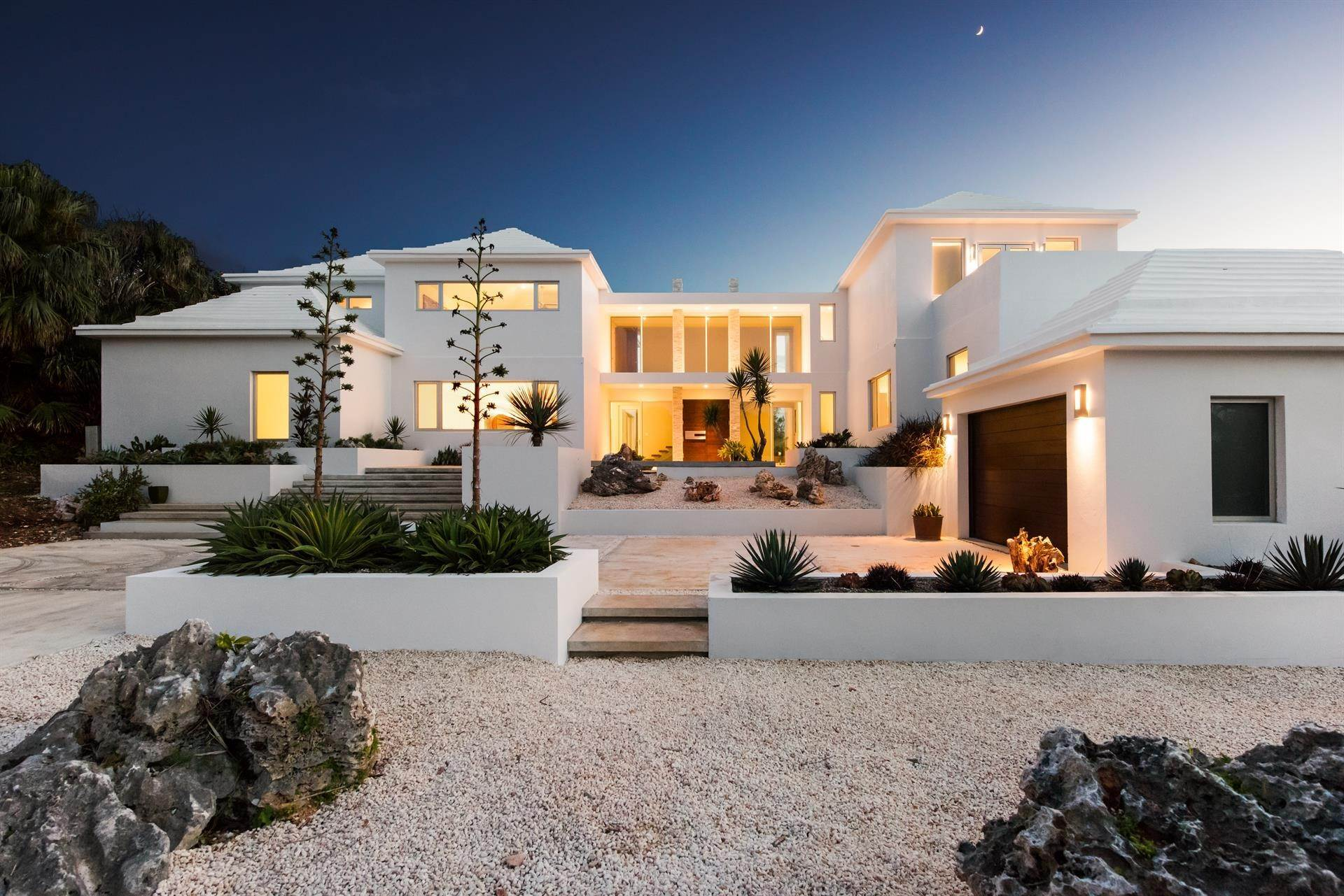 34. Single Family Home のために 売買 アット Georgetown - Bermuda's Modern House 50A Harrington Sound Road Hamilton Parish, Bermuda,CR04 バミューダ