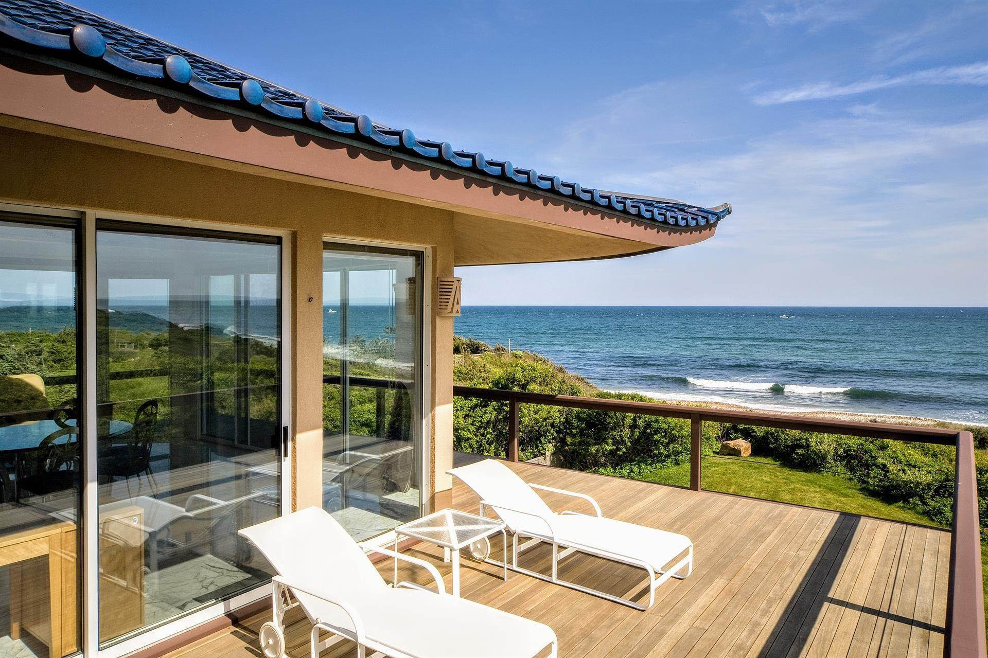 4. Single Family Home 용 매매 에 Montauk Oceanfront Paradise, 36 acres of Private Land Montauk, 뉴욕,11954 미국