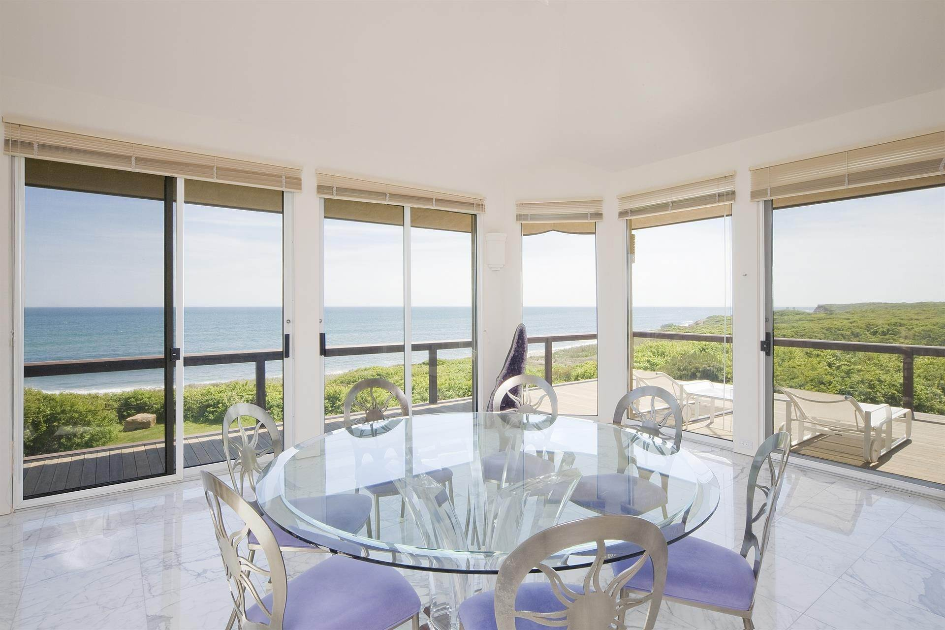 10. Single Family Home 용 매매 에 Montauk Oceanfront Paradise, 36 acres of Private Land Montauk, 뉴욕,11954 미국