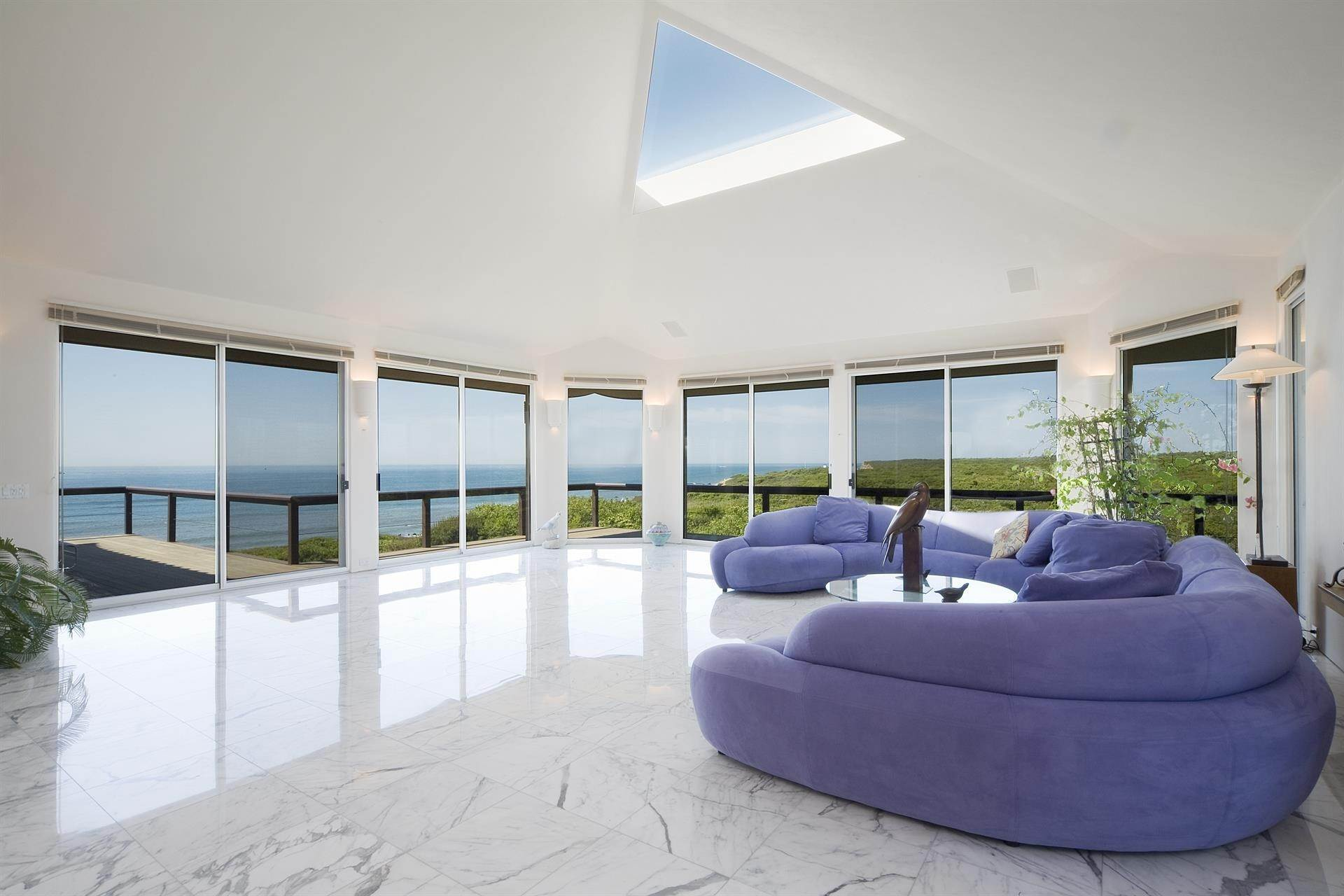 12. Single Family Home 용 매매 에 Montauk Oceanfront Paradise, 36 acres of Private Land Montauk, 뉴욕,11954 미국