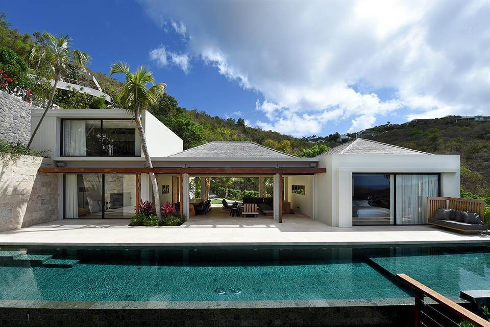 Villa/Townhouse for Sale at Villa AAC Lurin, Cities In St. Barthelemy,97133 St. Barthelemy
