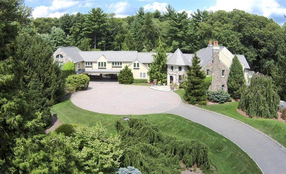 25. Single Family Home 為 出售 在 Celebrity Stunner - 5+ Acre Family Compound Saddle River, 新澤西州,07458 美國