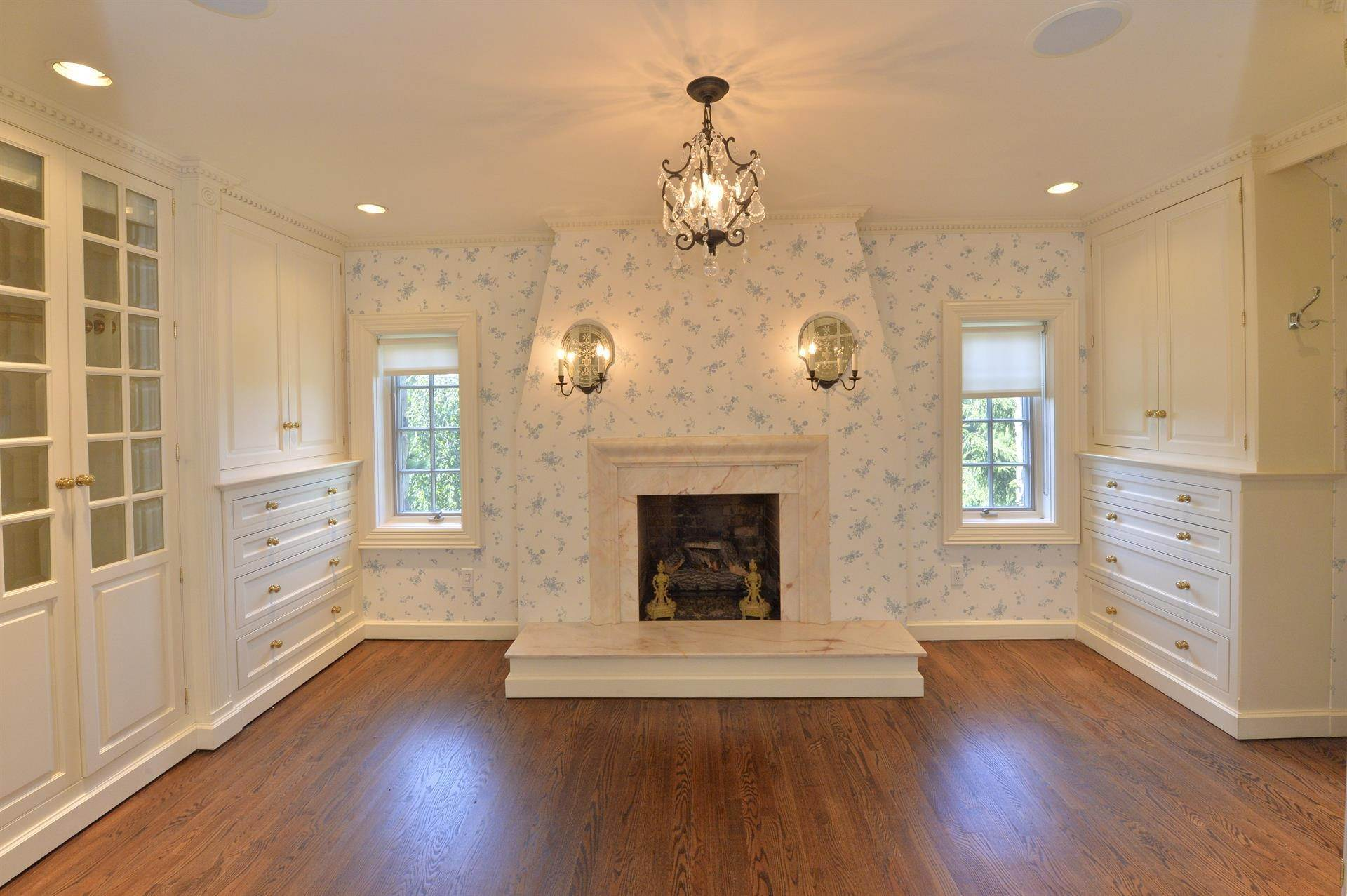 15. Single Family Home vì Bán tại Celebrity Stunner - 5+ Acre Family Compound Saddle River, New Jersey,07458 Hoa Kỳ