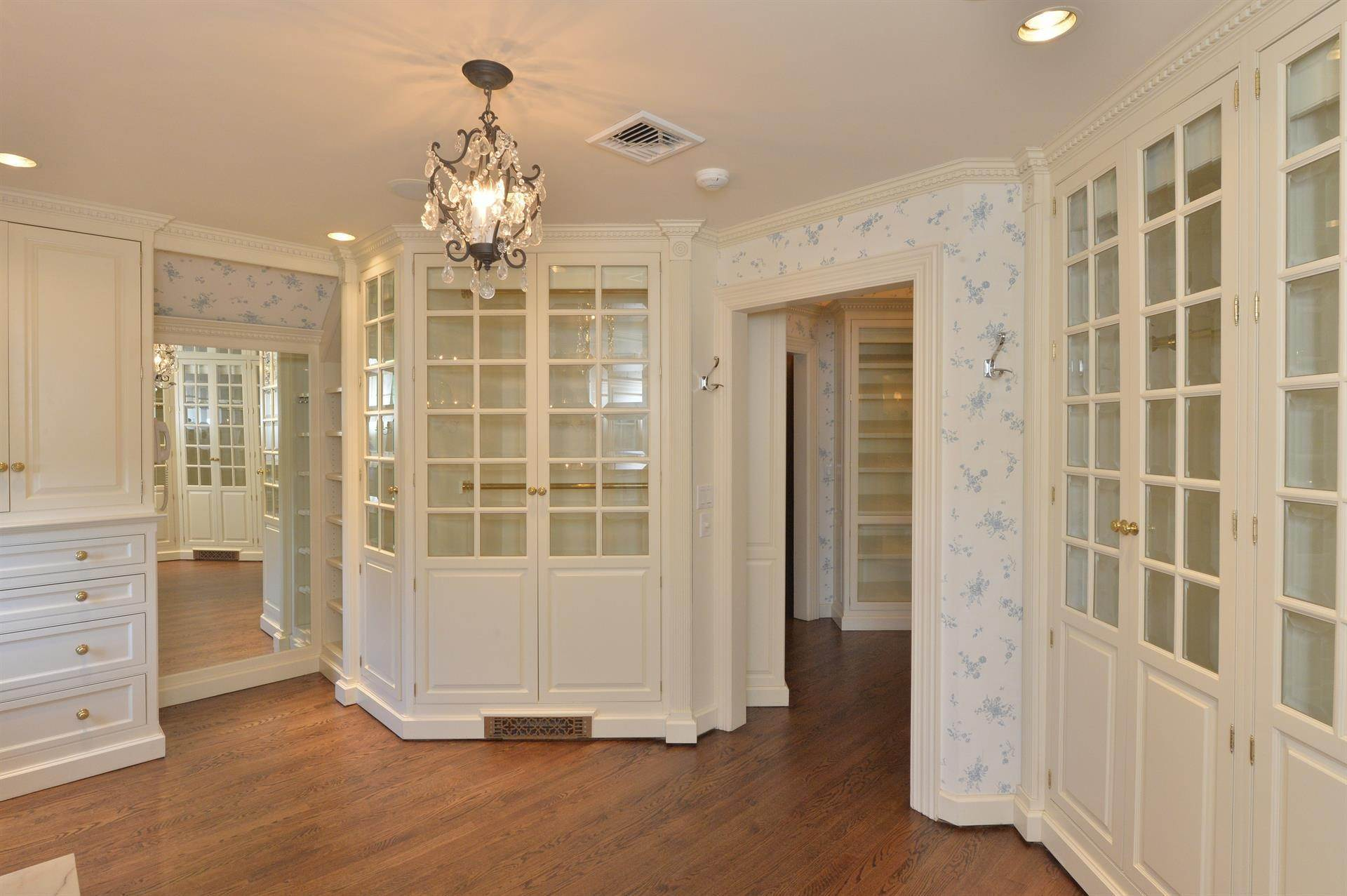 17. Single Family Home 為 出售 在 Celebrity Stunner - 5+ Acre Family Compound Saddle River, 新澤西州,07458 美國