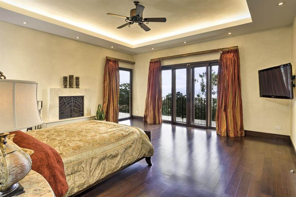 9. Single Family Home for Sale at Exquisite Escazu Residence Escazu, San Jose Escazu, San Jose,10201 Costa Rica