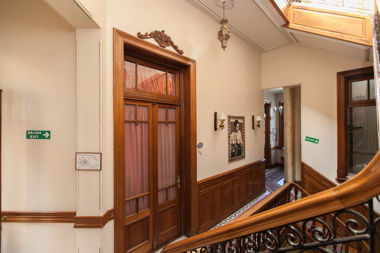 23. Single Family Home 为 销售 在 Enchanting~Completely Refurbished Mansion - Great Feng Shui! San Telmo, Ciudad De Buenos Aires, 布宜诺斯艾利斯, 阿根廷
