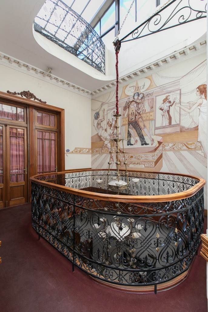 24. Single Family Home 为 销售 在 Enchanting~Completely Refurbished Mansion - Great Feng Shui! San Telmo, Ciudad De Buenos Aires, 布宜诺斯艾利斯, 阿根廷
