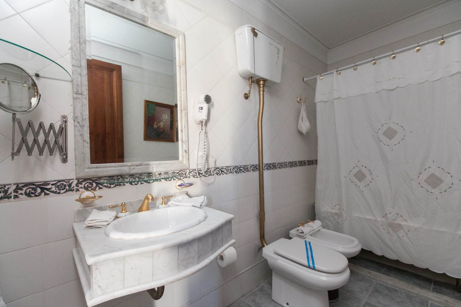 32. Single Family Home 为 销售 在 Enchanting~Completely Refurbished Mansion - Great Feng Shui! San Telmo, Ciudad De Buenos Aires, 布宜诺斯艾利斯, 阿根廷