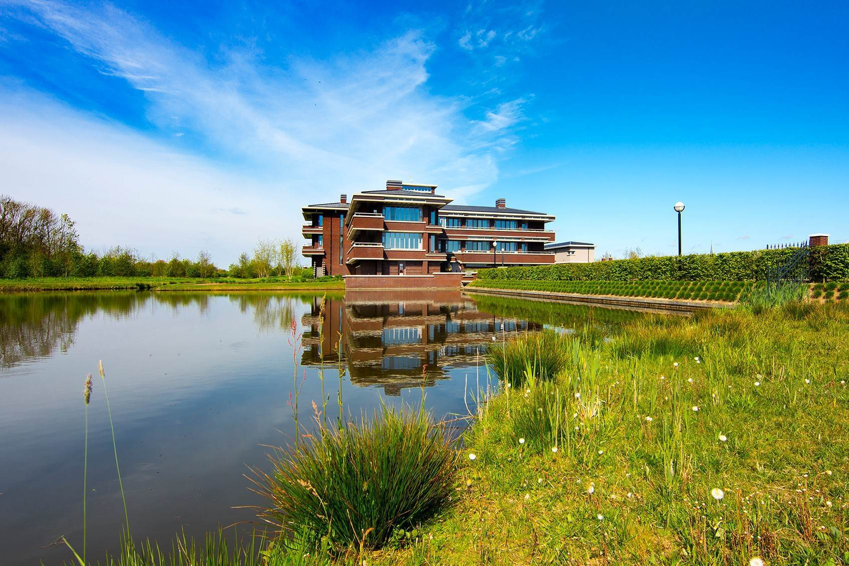 2. Estate for Sale at Exceptional estate Gorinchem, Netherlands